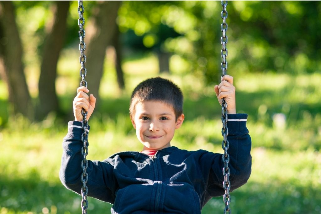 Tree swings can keep the kids occupied in the backyard for hours.