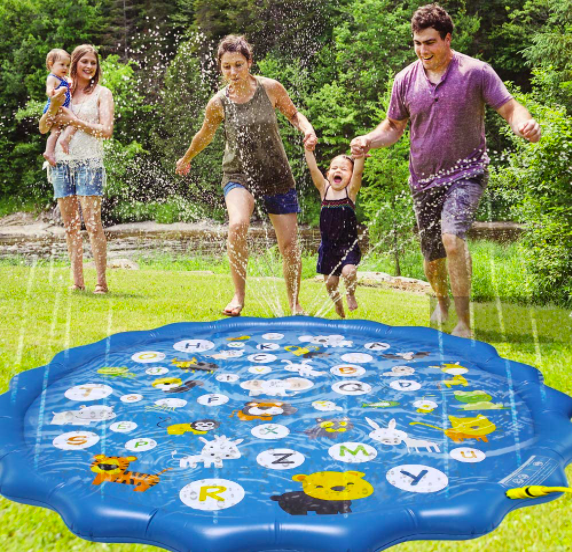 The Arfbear Toddler Sprinkler With A Family Enjoying Some Fun.